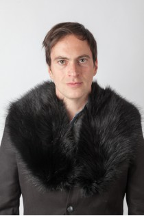Black raccoon fur collar