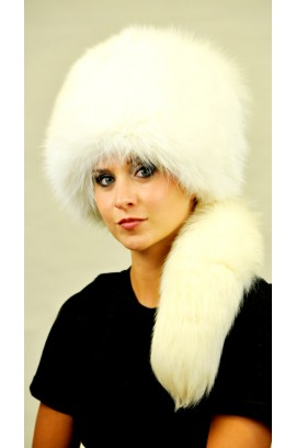 White fox fur hat - with real tail