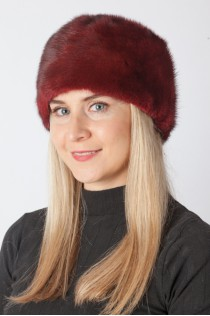 Red-cherry mink fur hat